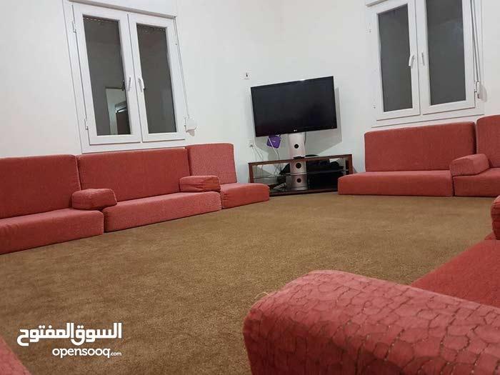 استراحة 80م للبيع بوعطني شارع مصنع البيبسي بعد الشرطه زراعيه