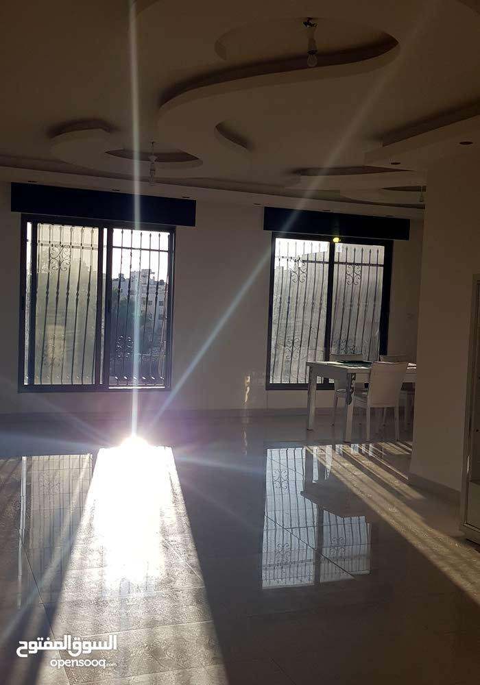 4 rooms 3 bathrooms apartment for sale in Amman7th Circle