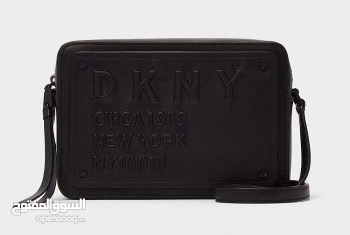 24dba40f114f5 Special Addition DKNY body Cross New Bag حقيبة DKNY جديدة - (102283906)