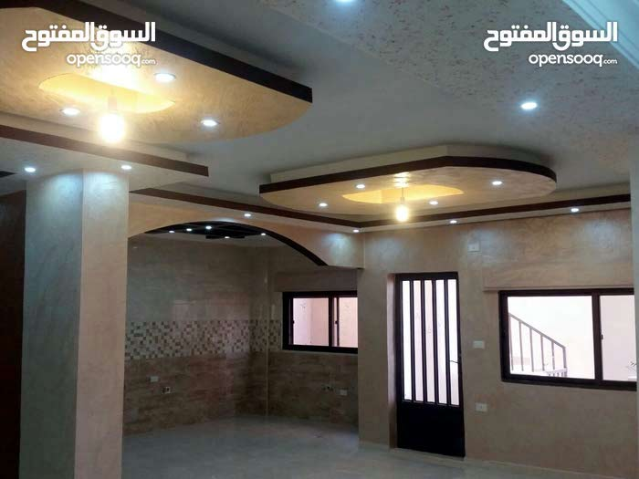 3 rooms  apartment for sale in Zarqa city Al Zarqa Al Jadeedeh