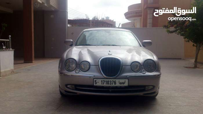 Available for sale! 170,000 - 179,999 km mileage Jaguar Other 2000