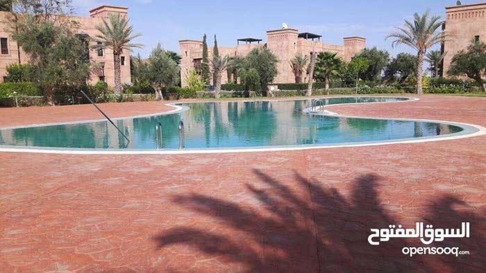 فيلا فخمة للإيجار 3 غرف عصرية بمدينة مراكش المغربية الساحرة