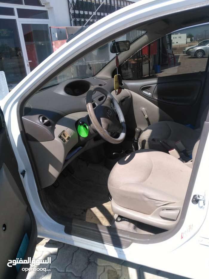 White Toyota Echo 2005 for sale