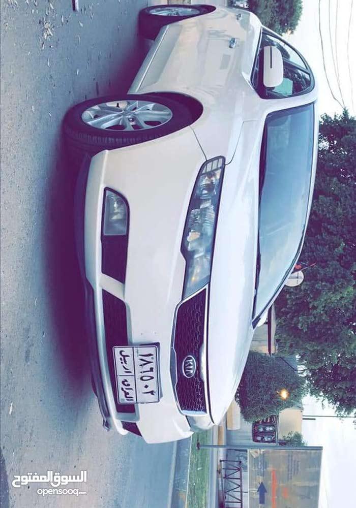 Used condition Hyundai Elantra 2009 with 1 - 9,999 km mileage