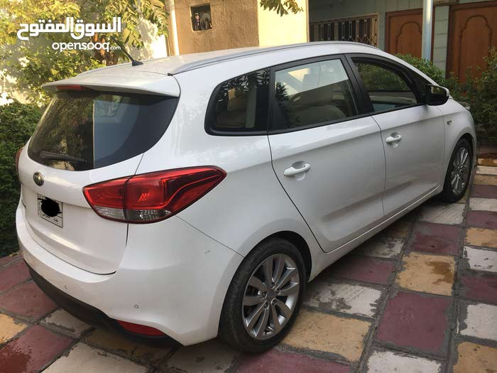 Kia Carens 2015 - Used