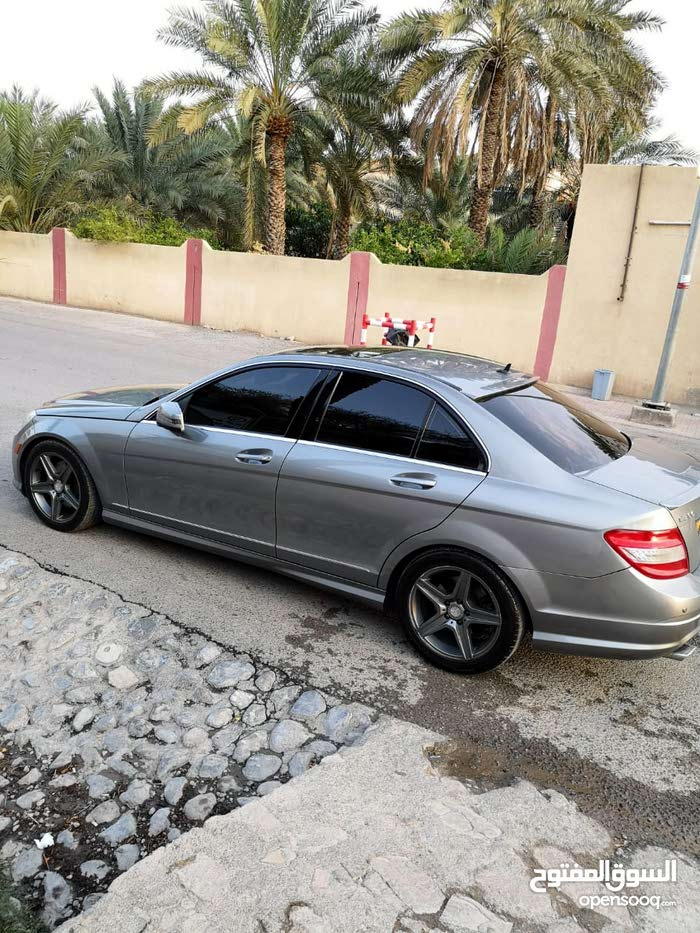 Used condition Mercedes Benz C 300 2011 with 150,000 - 159,999 km mileage