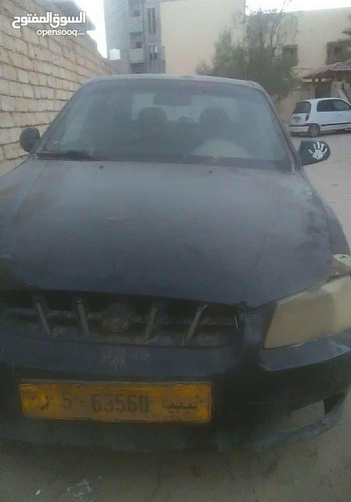 Hyundai Verna 2002 For sale - Black color