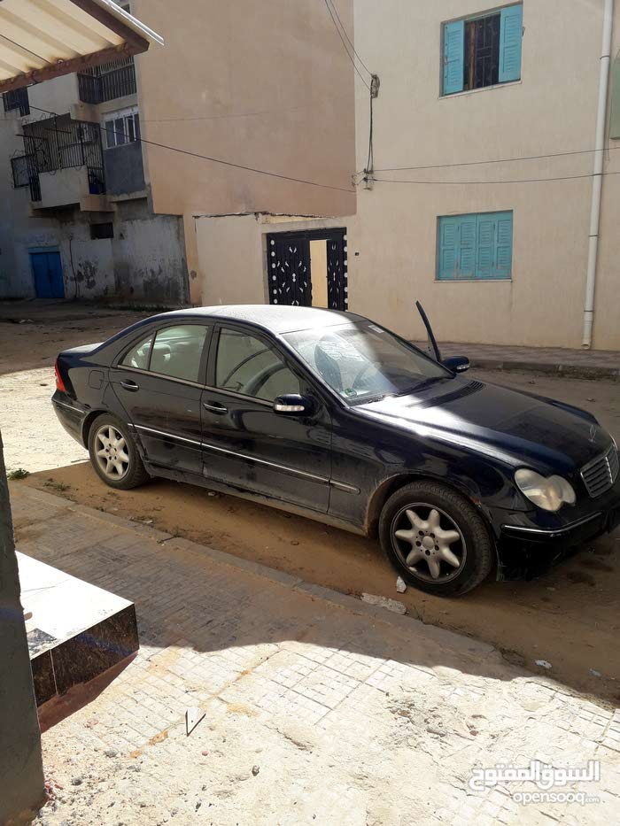 2002 Mercedes Benz C 200 for sale in Tarhuna