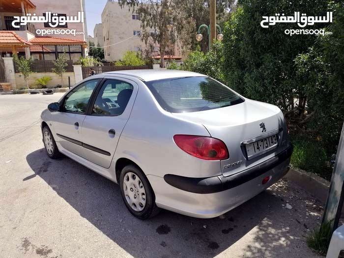 Manual Silver Peugeot 2008 for sale - (108869077) | Opensooq