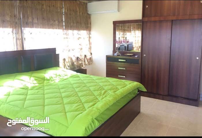 7th Circle neighborhood Amman city - 90 sqm apartment for rent