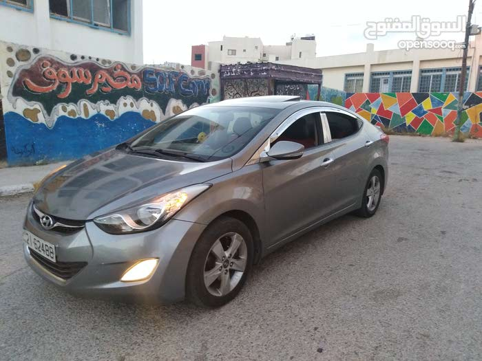 Used Hyundai Elantra in Jerash