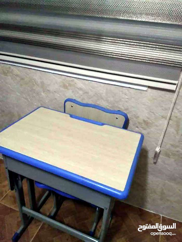 Available for sale Tables - Chairs - End Tables with high-ends specs