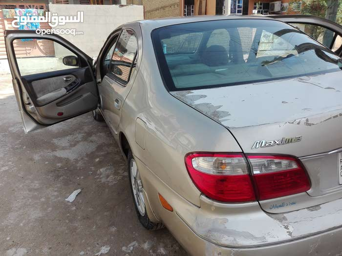Nissan Maxima made in 2000 for sale