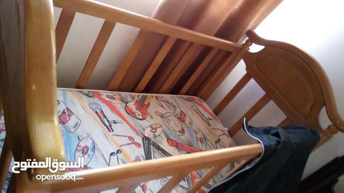 سرير بيبي جديد خشب للبيع