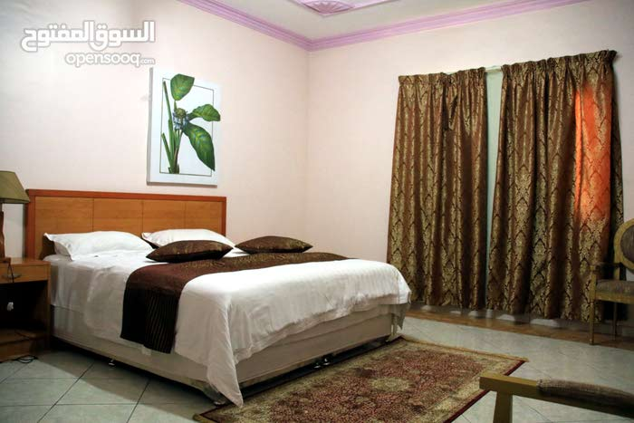 Al Hamra apartment for rent with 3 rooms