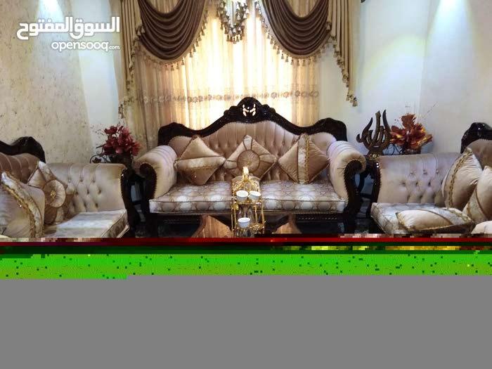 عمان جبل الزهور