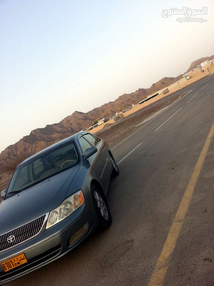 toyota avalon is in good condetion for sale urget