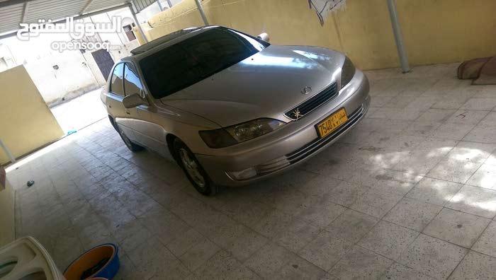 Gold Lexus ES 1999 for sale