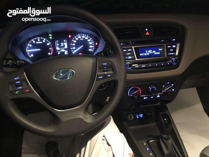 Automatic Hyundai 2016 for sale - New - Misrata city