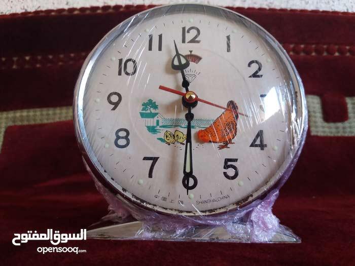 ساعة و منبه الدجاجة الأصلية و النادرة ( نقية و تعمل جيدا )