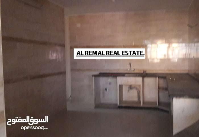 للايجار شقة سكنية  160متر بعمارة حديثة