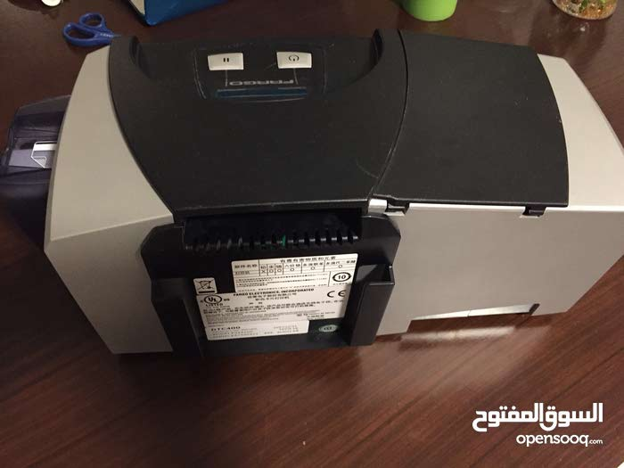 Fargo DTC 400 ID card printer