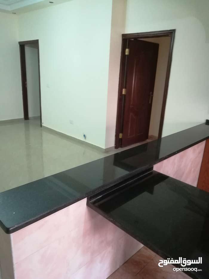 apartment is up for sale Marj El Hamam