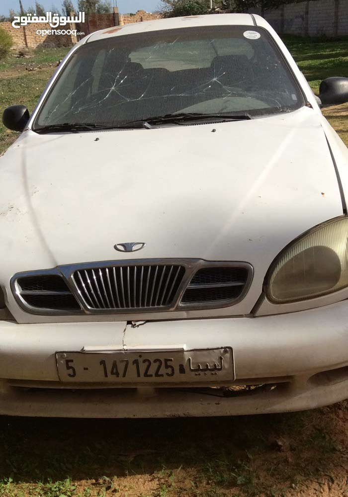 Used condition Daewoo Lanos 1999 with 120,000 - 129,999 km mileage