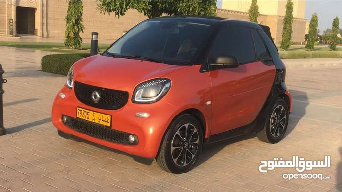 Mercedes Benz Smart 2017 For sale - Orange color