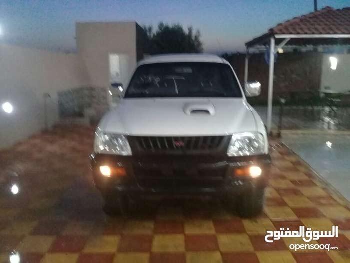 For sale 2002 White L200