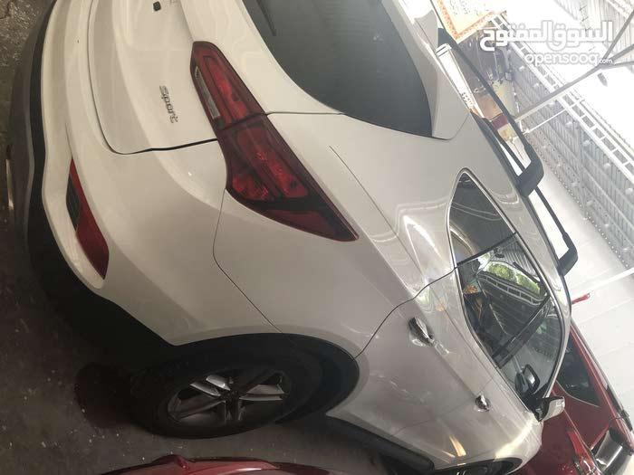 Hyundai Santa Fe 2017 in Baghdad - Used