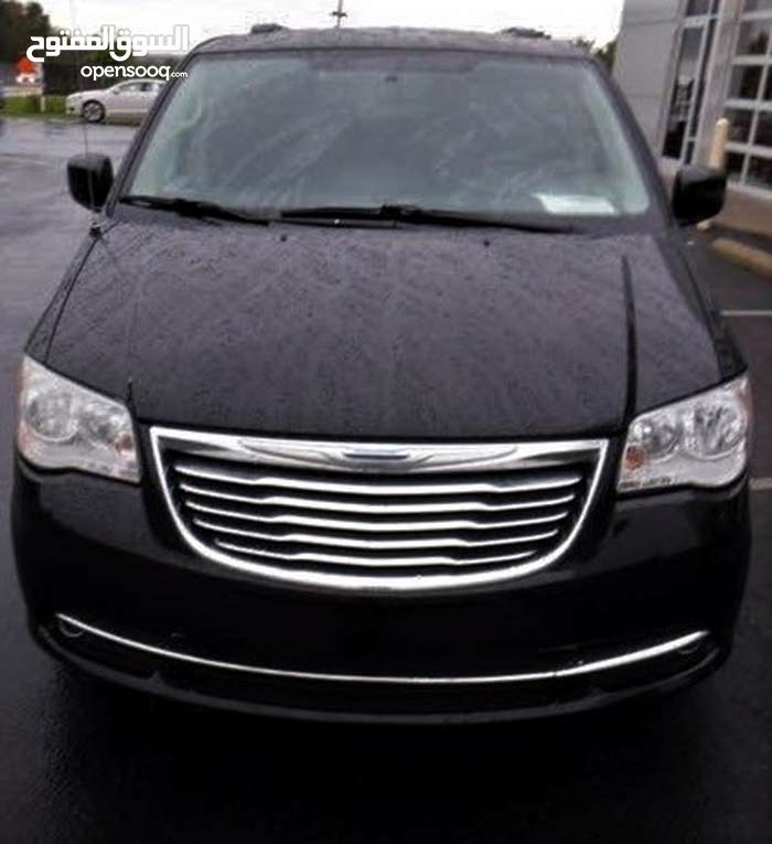 Used condition Chrysler Town & Country 2012 with 40,000 - 49,999 km mileage