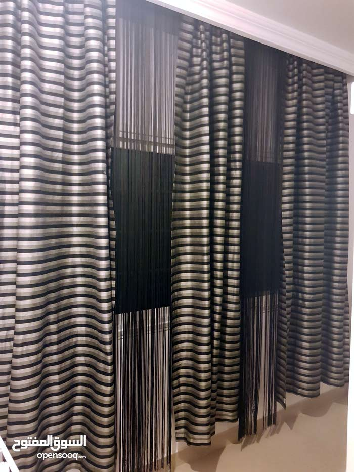 Used Curtains available for sale with high-quality specs