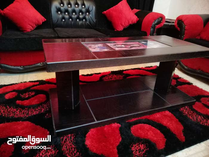 For sale Sofas - Sitting Rooms - Entrances that's condition is Used - Zarqa