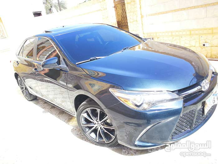 Toyota Camry car for sale 2015 in Sohar city