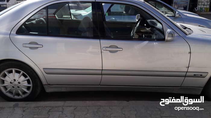 مرسيدس عيون محرك كمبريسر 2002
