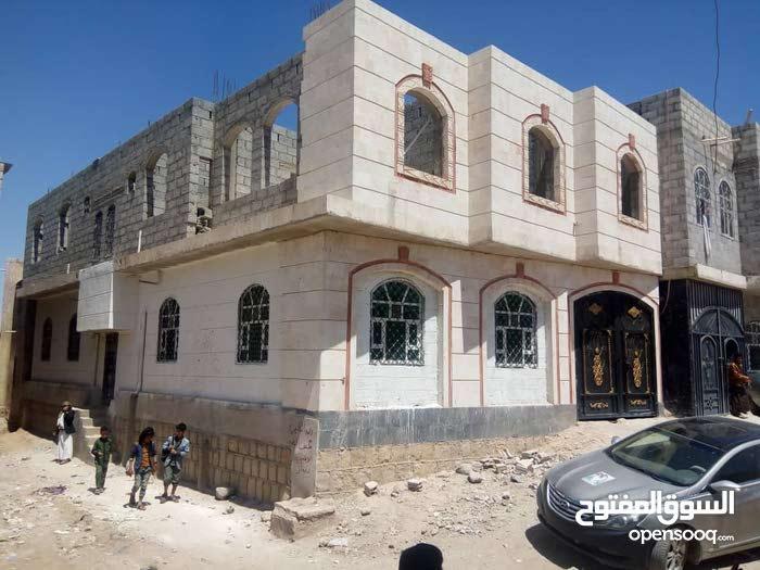 عماره حي الدكاتره قريب نادي الفروسيه شارعين عرطه