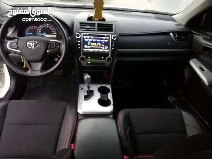 80,000 - 89,999 km Toyota Camry 2014 for sale