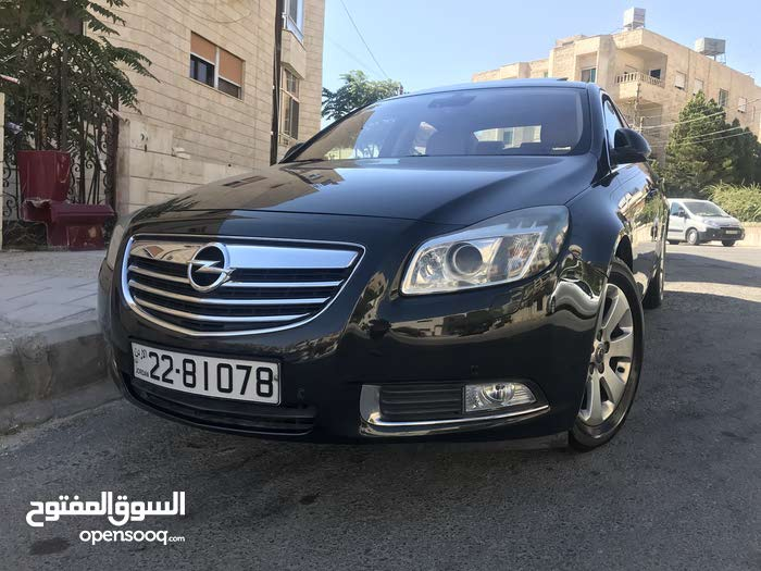 Opel Insignia 2013 For sale - Black color