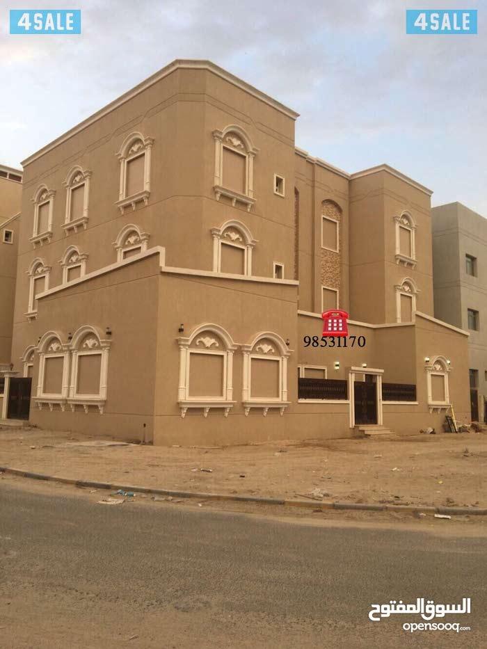Nasseem neighborhood Al Jahra city - 1090 sqm house for sale