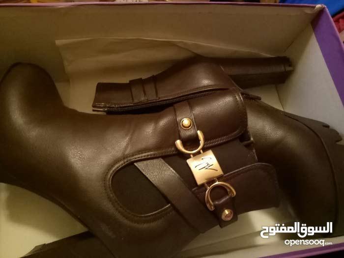 احذية جديدة مش ملبوسة