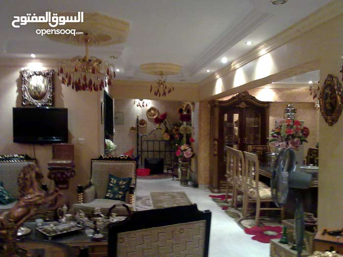 apartment of 190 sqm for sale