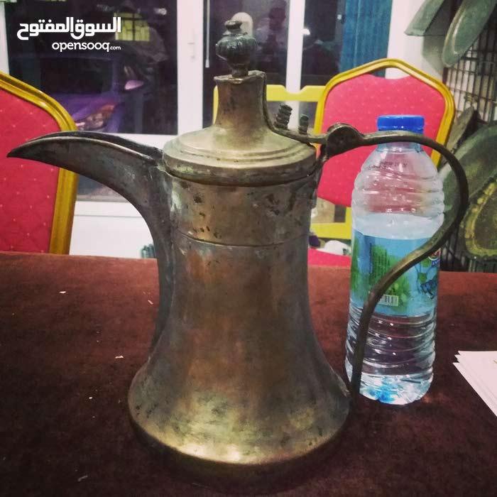 دلة عمانية قديما جدا