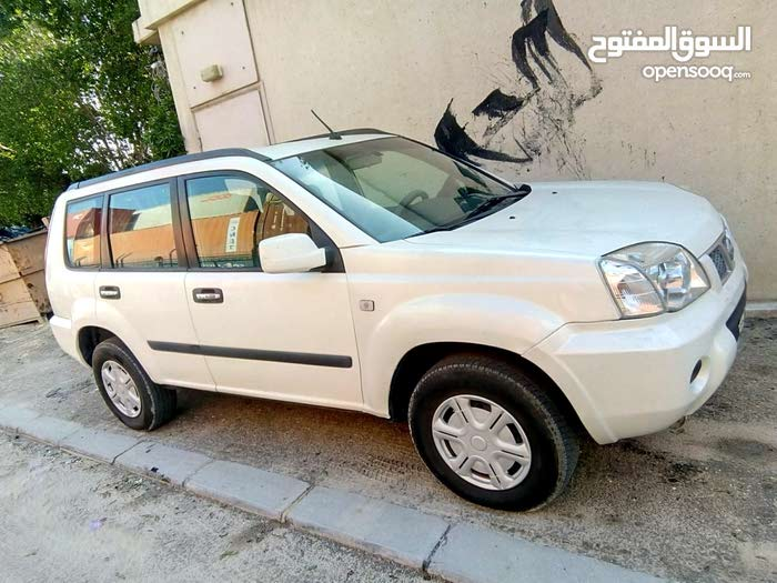 Nissan X-Trail 2014 in an excellent condition.