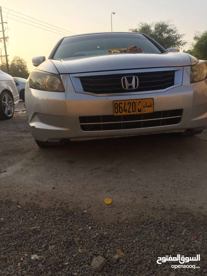Used condition Honda Accord 2008 with 120,000 - 129,999 km mileage