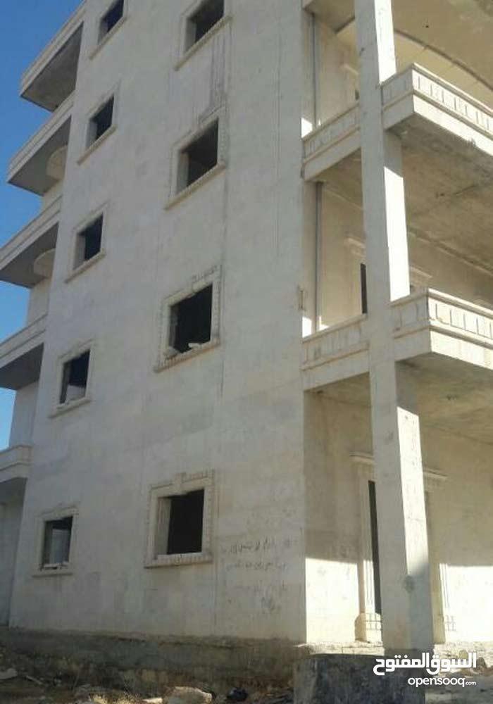بناء للسكن في مدينة حلب منطقة الكليرية تبعد عند دوار لموت 4 كم