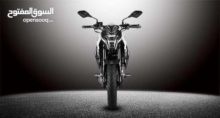 دراجه ناريه رياضيه جديدة بالكرتون LONCIN CR6 300cc