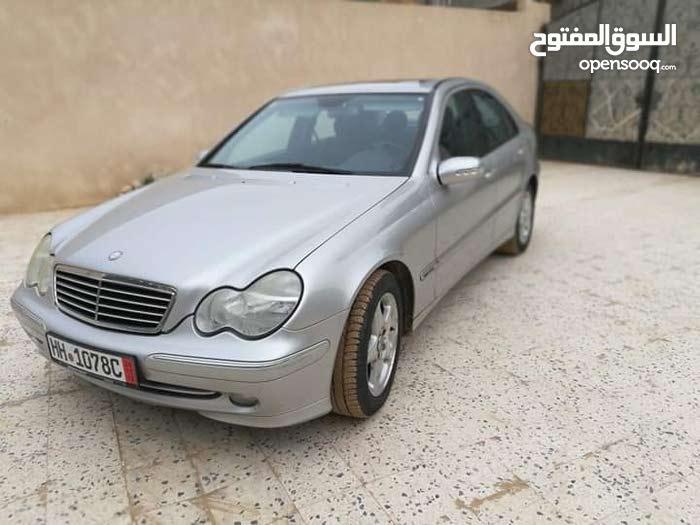 مرسيدس سي200 2002