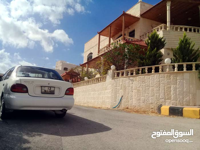 Villa for sale with 5 rooms - Zarqa city Dahiet Al Madena Al Monawwara
