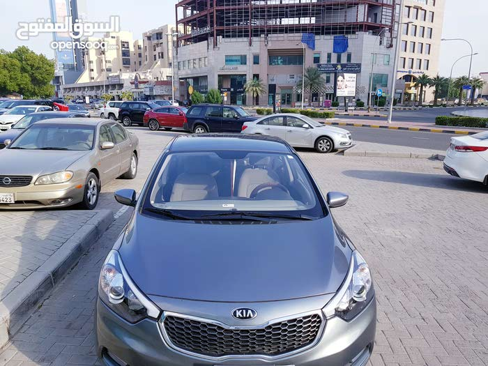 Automatic Kia 2016 for sale - Used - Hawally city
